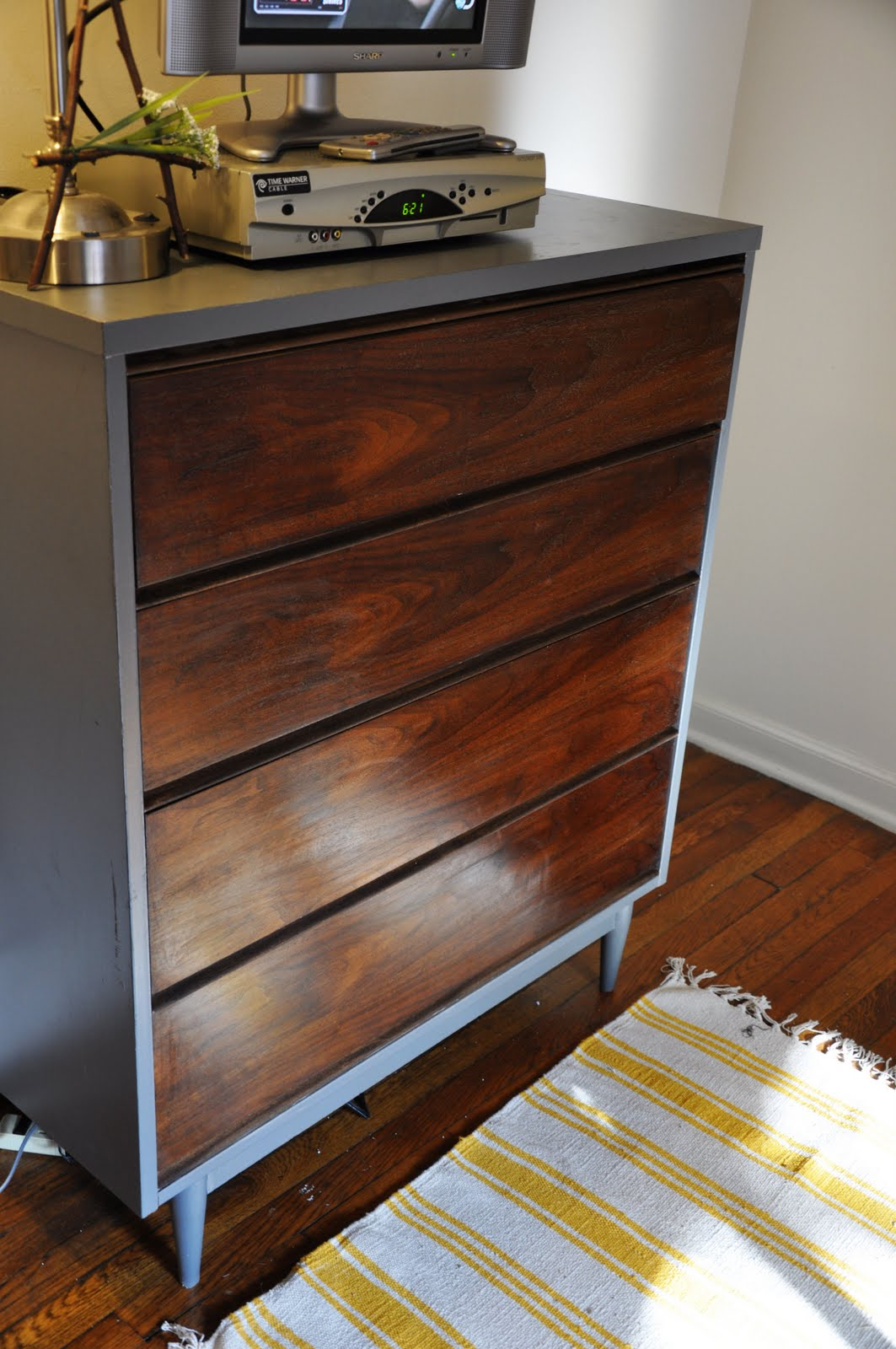 Sincerely By Ashleigh Amp Sarah Mid Century Dresser Makeover