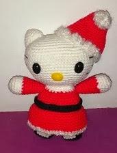 http://www.artedetei.com/2012/11/amigurumi-hello-kitty-mama-noel.html