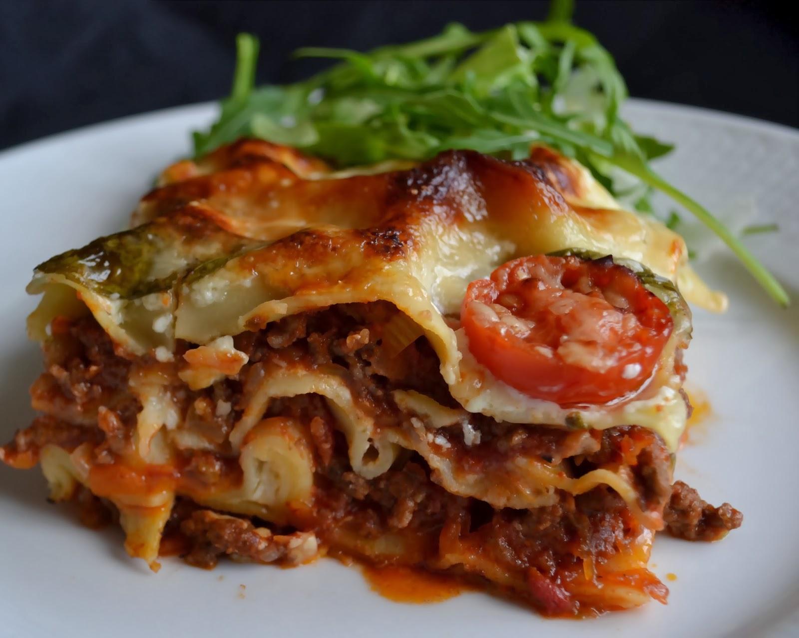 bechamelsås lasagne recept