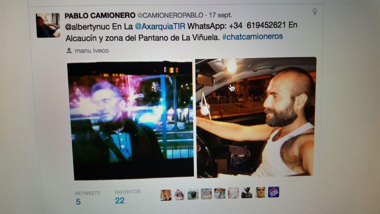 medios de comunicación social escoltas desnudo en Tarragona