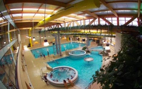 Lowcosteros spa y piscinas cubiertas ilimitadas por 8 1 for Piscina de alcobendas