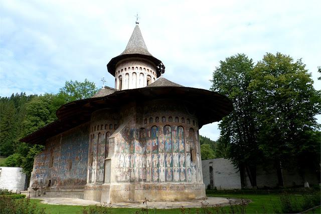 Monasterio de Voroneţ