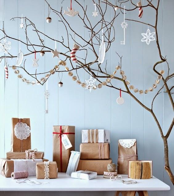 Icono interiorismo arboles de navidad hechos con ramas secas - Arboles navidad decoracion ...