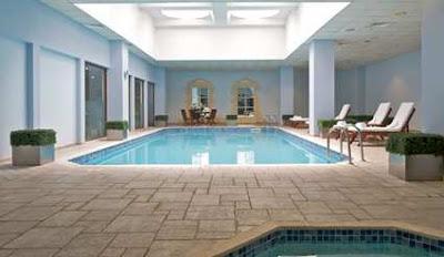 conrad-otel-beşiktaş-kapalı-yüzme-havuzu