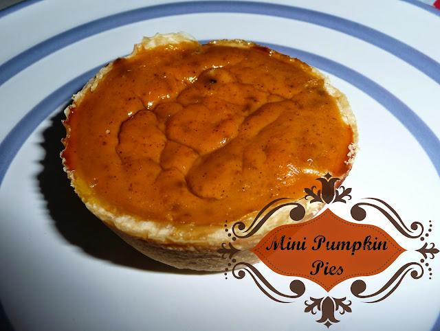 a mini twist on the classic pumpkin pie, hand held pumpkin pies,