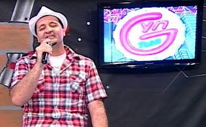 Apresentador Paulinho Azeitona