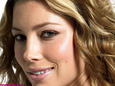Jessica biel Cute Wallpaper lips shine