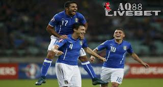 "Agen Piala Eropa - Tim nasional Italia dipastikan akan ambil bagian di putaran final Piala Eropa 2016. ""Gli Azzurri"" lolos setelah menekuk Azerbaijan dengan skor 3-1."