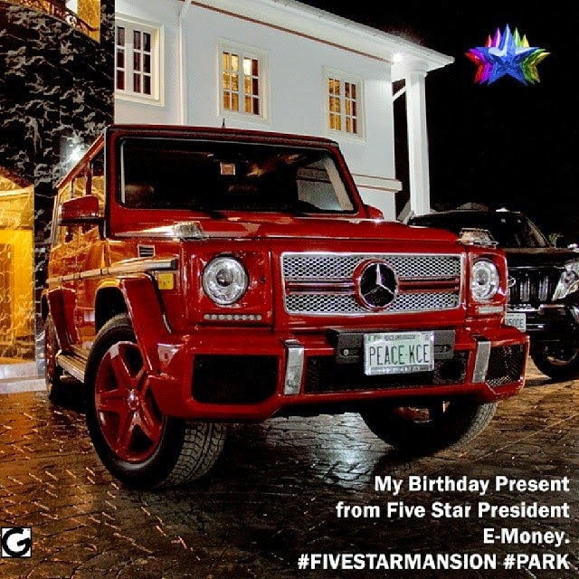 Photo Kcee Flaunts his 2013 Benz G-Wagon Birthday Gift from Brother