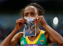 Ντεφάρ: Χριστιανή Ολυμπιονίκης