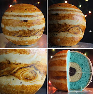 http://cakecrumbs.me/2013/08/01/spherical-concentric-layer-cake-tutorial/