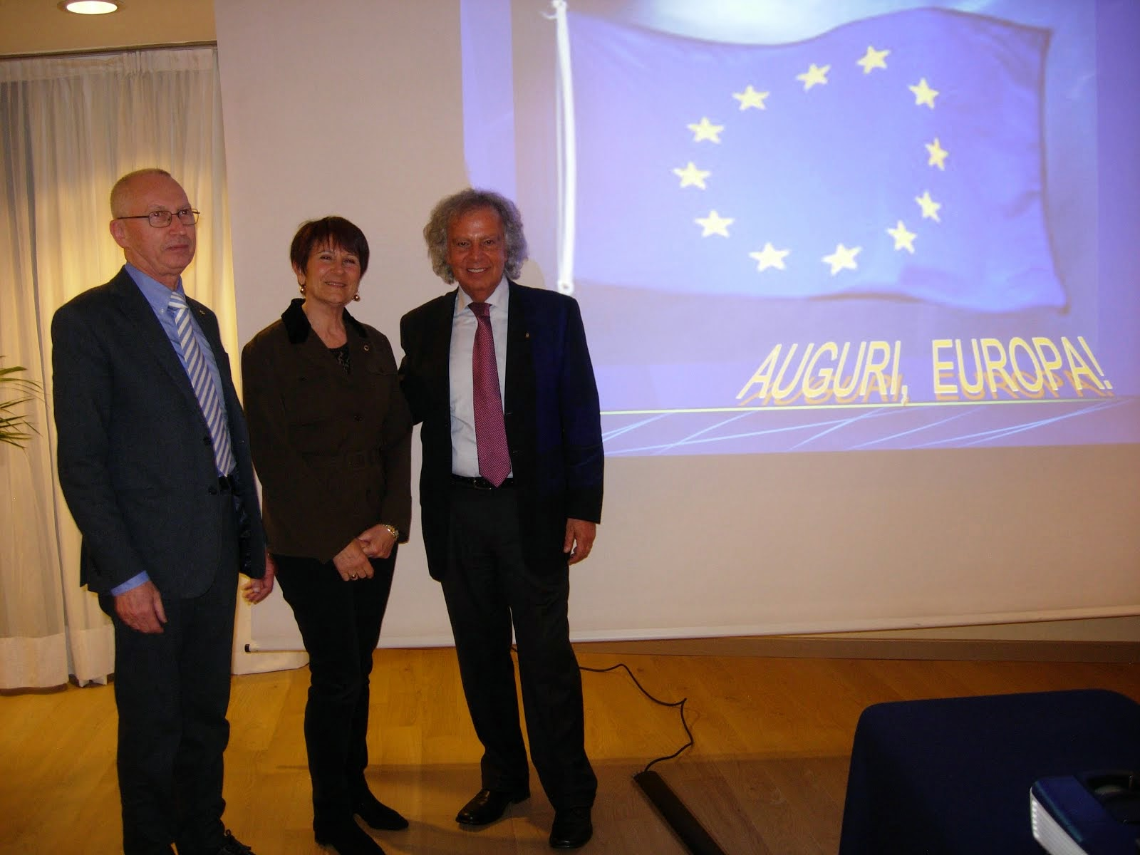 Foto scattate in occasione di conferenze Lions sul tema europeo.