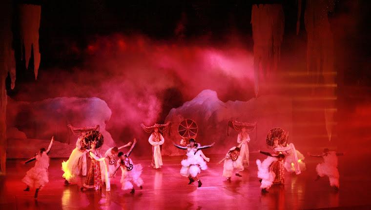 Sebuah Pertunjukan Opera di China. 2011