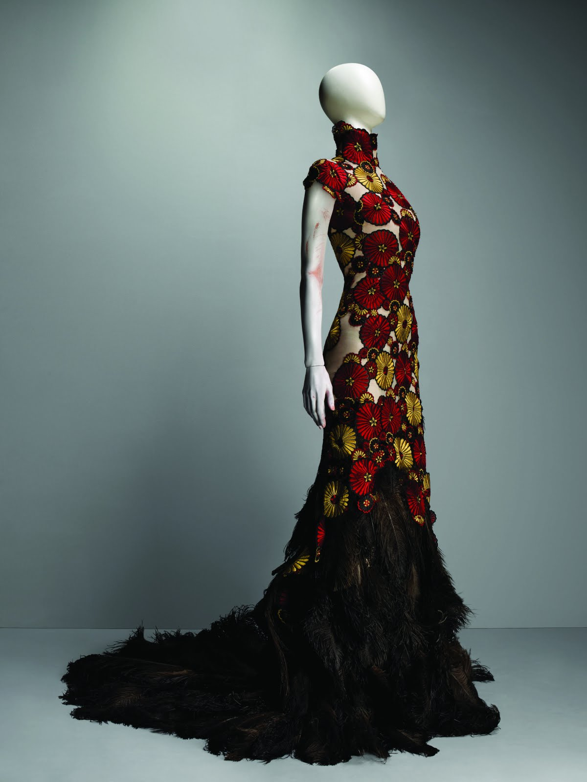 Ladies Who Lunch: Ladies Who Lunch: Alexander McQueen ...