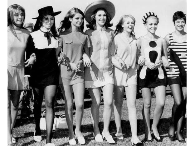Resultado de imagem para mulheres de 60 fashion