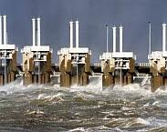 foto Stormvloedkering Oosterschelde In: Water veiligheid begrippen begrijpen 2.0: ontwikkeling beleid en uitleg begrippen