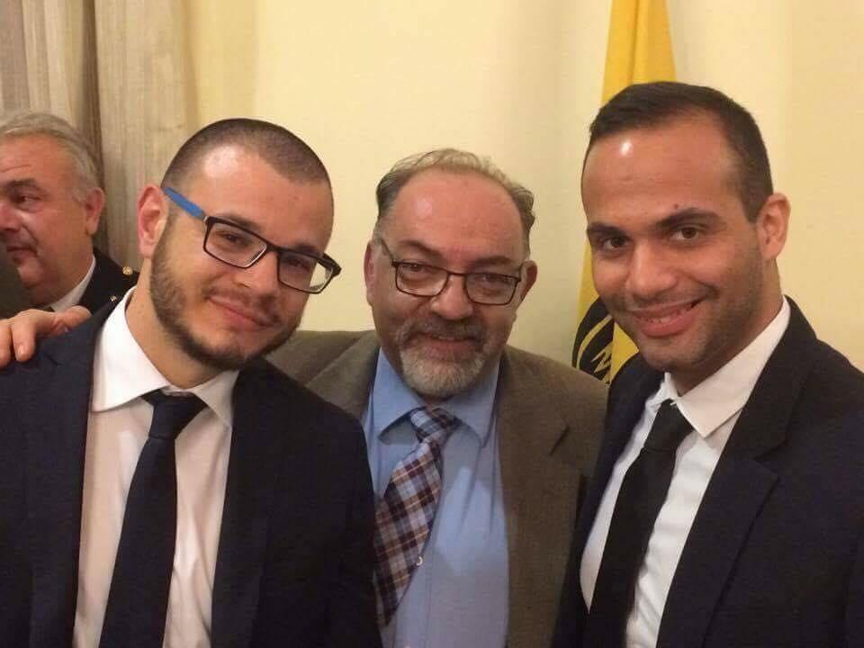 Ο Σύμβουλος του Προέδρου των ΗΠΑ Τζωρτζ Παπαδόπουλος με τον Πρόεδρο και τον Ταμία του Δ.Σ. Δράμας