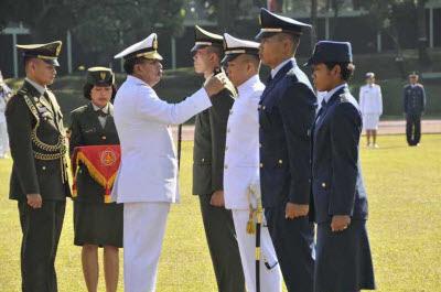 Para Sarjana Ditantang Untuk Jadi Perwira TNI