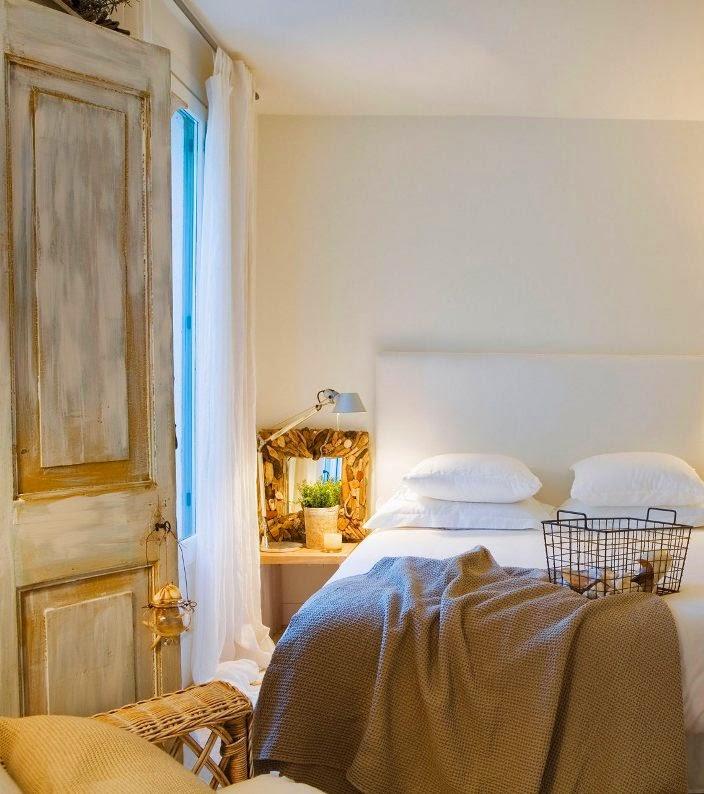dormitorio con muebles recuperados