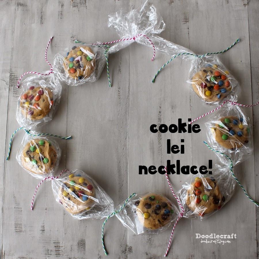 http://www.doodlecraftblog.com/2014/08/cookie-lei-necklace.html