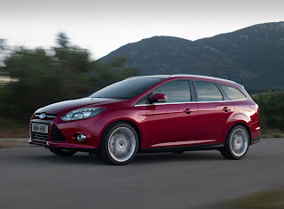 2012-Ford-Focus-19