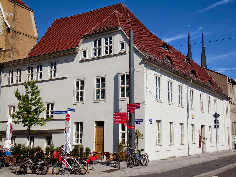 Wilhelm-Friedemann-Bach-Haus and Cafe Nöö