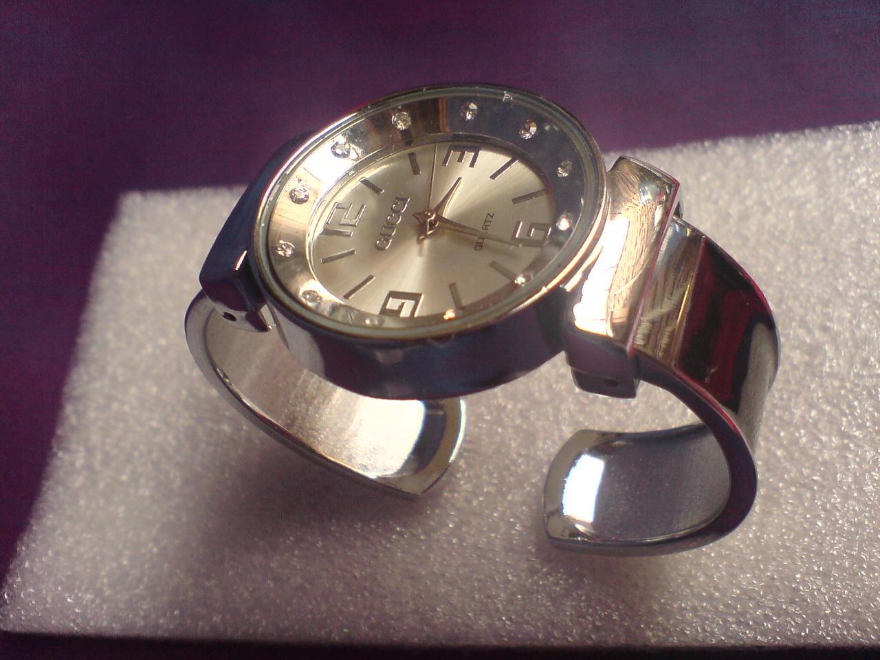 jam tangan kulit on jam tangan gelang
