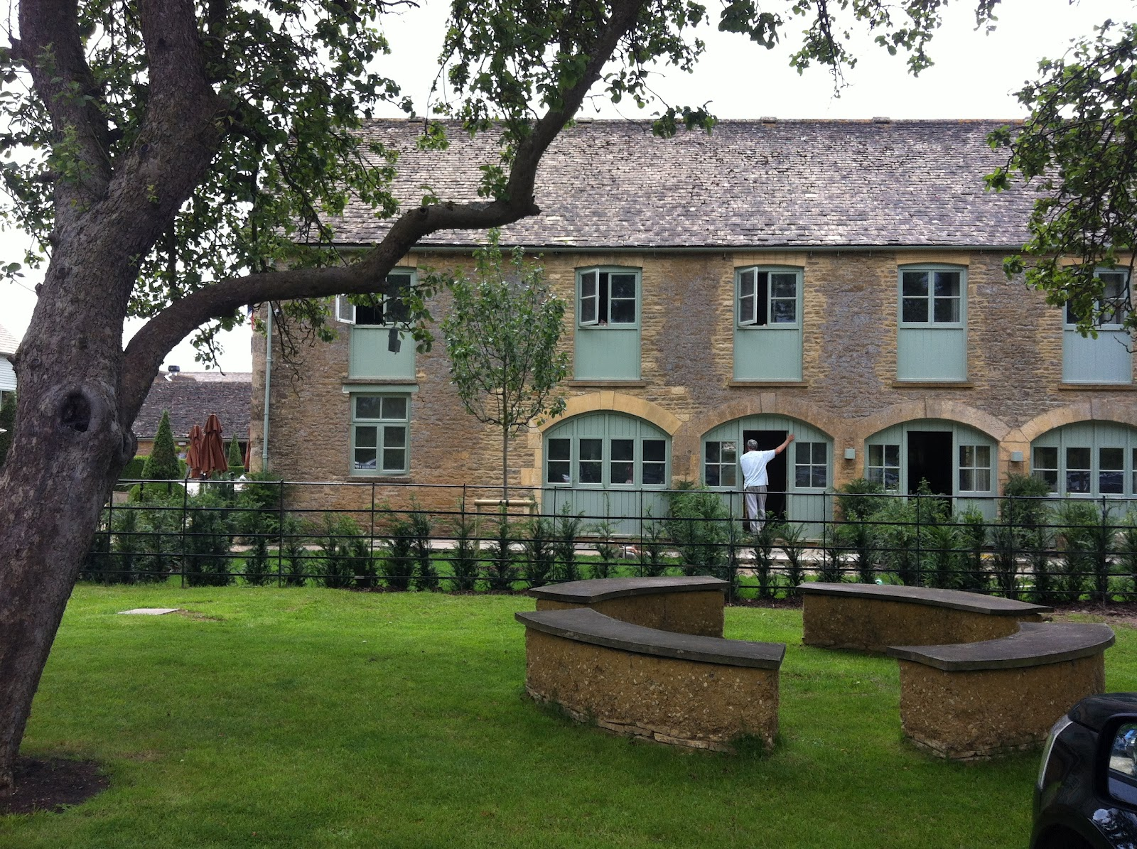 Beskincareful daylesford organic farm Organic house