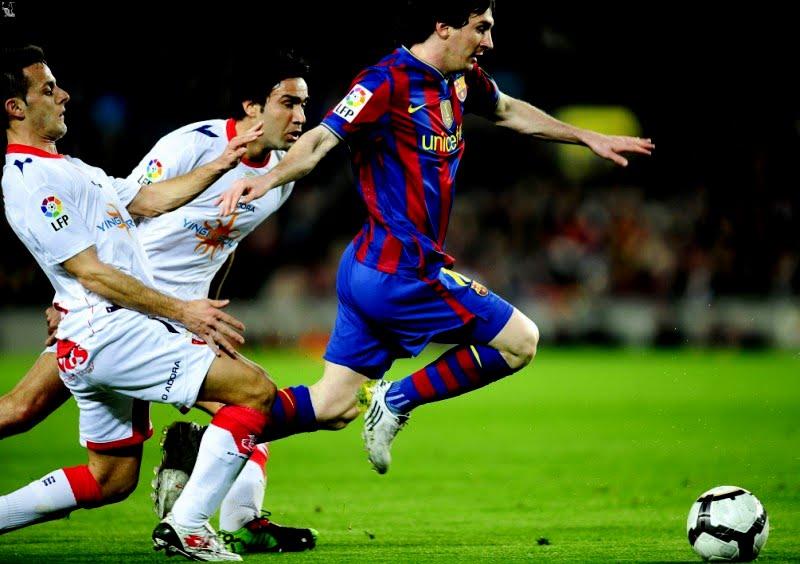 Dispassionate Observer: Messi.... Messi...Messi-New Maradona creates ...