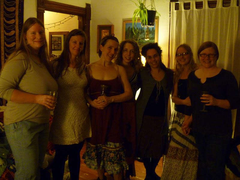interior Naked women group