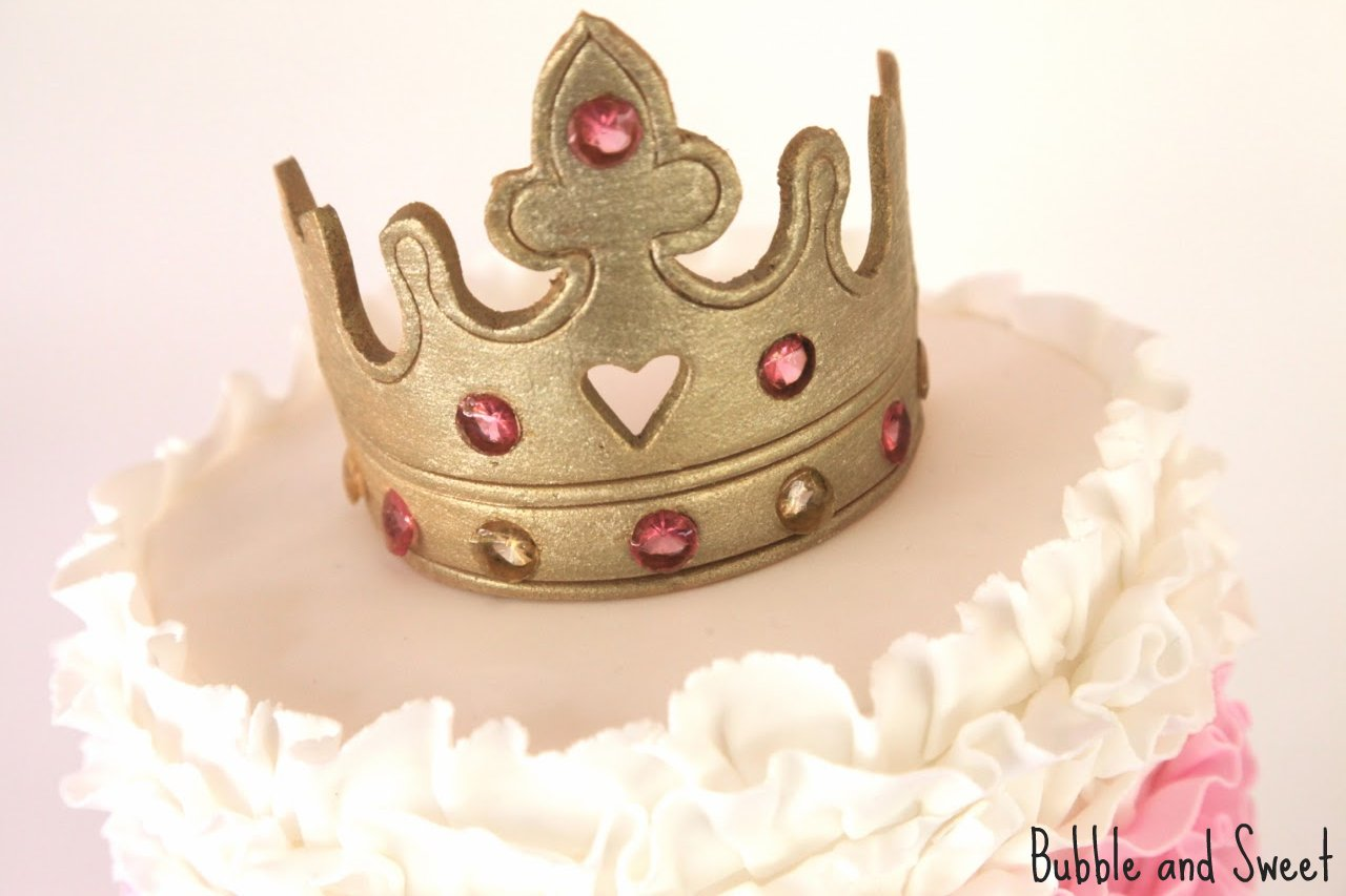 Bubble and Sweet: How to eat a Tiara - Pink Ruffle Princess Cake ...
