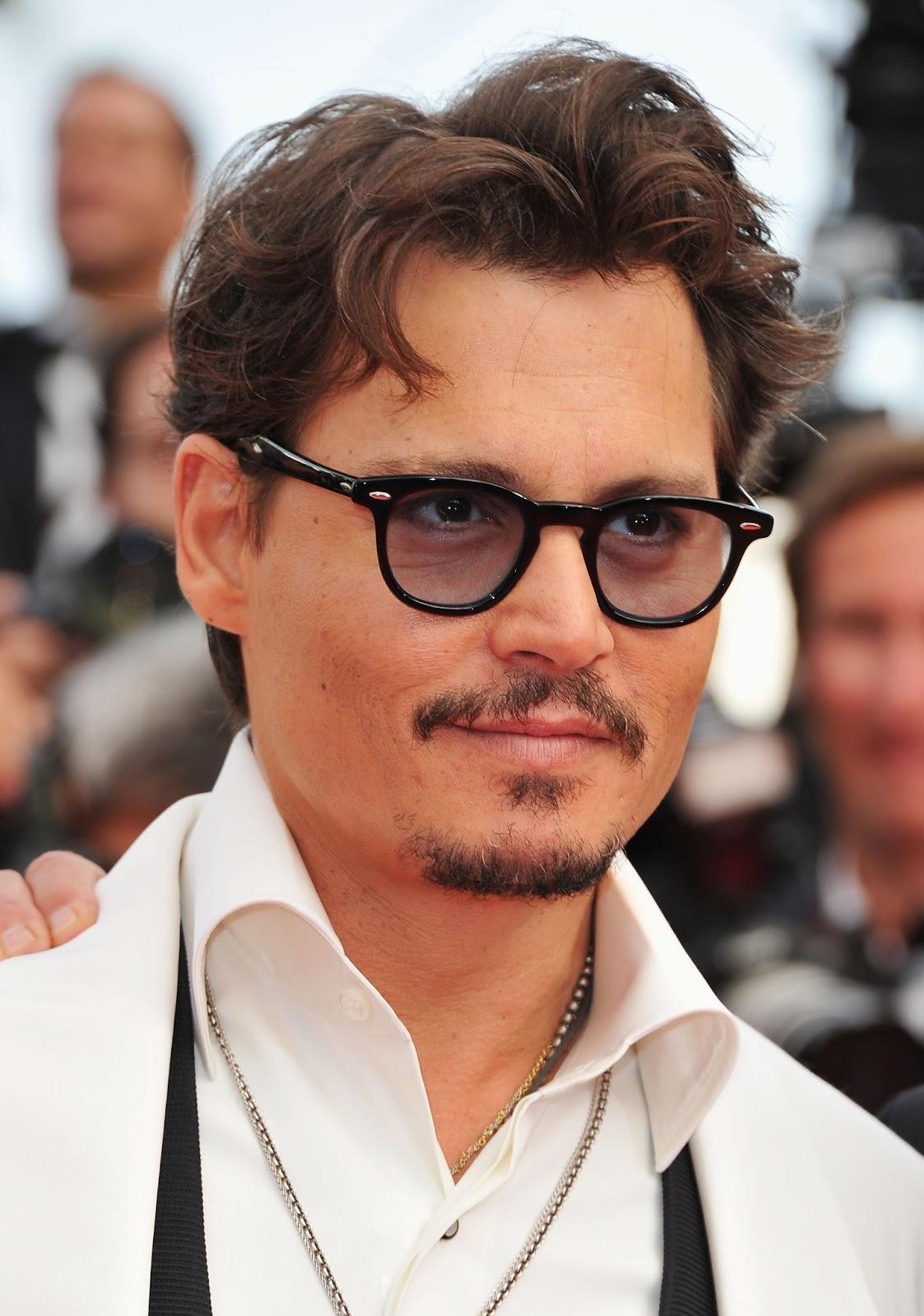http://2.bp.blogspot.com/-KcbvRKVn7j8/US4K2oFrQyI/AAAAAAAAE0w/Rxi4ZohYKCE/s1600/mustache+Johnny+Depp.jpg