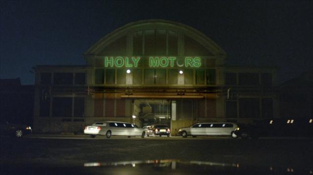 Holy Motors - Phân Thân