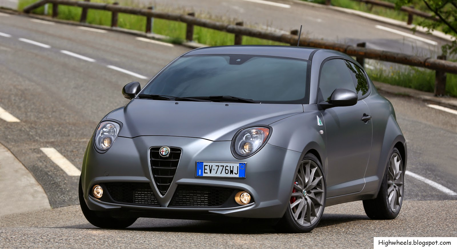 2014 alfa romeo mito quadrifoglio verde high wheels. Black Bedroom Furniture Sets. Home Design Ideas