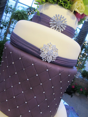 Wedding Cake to Adore