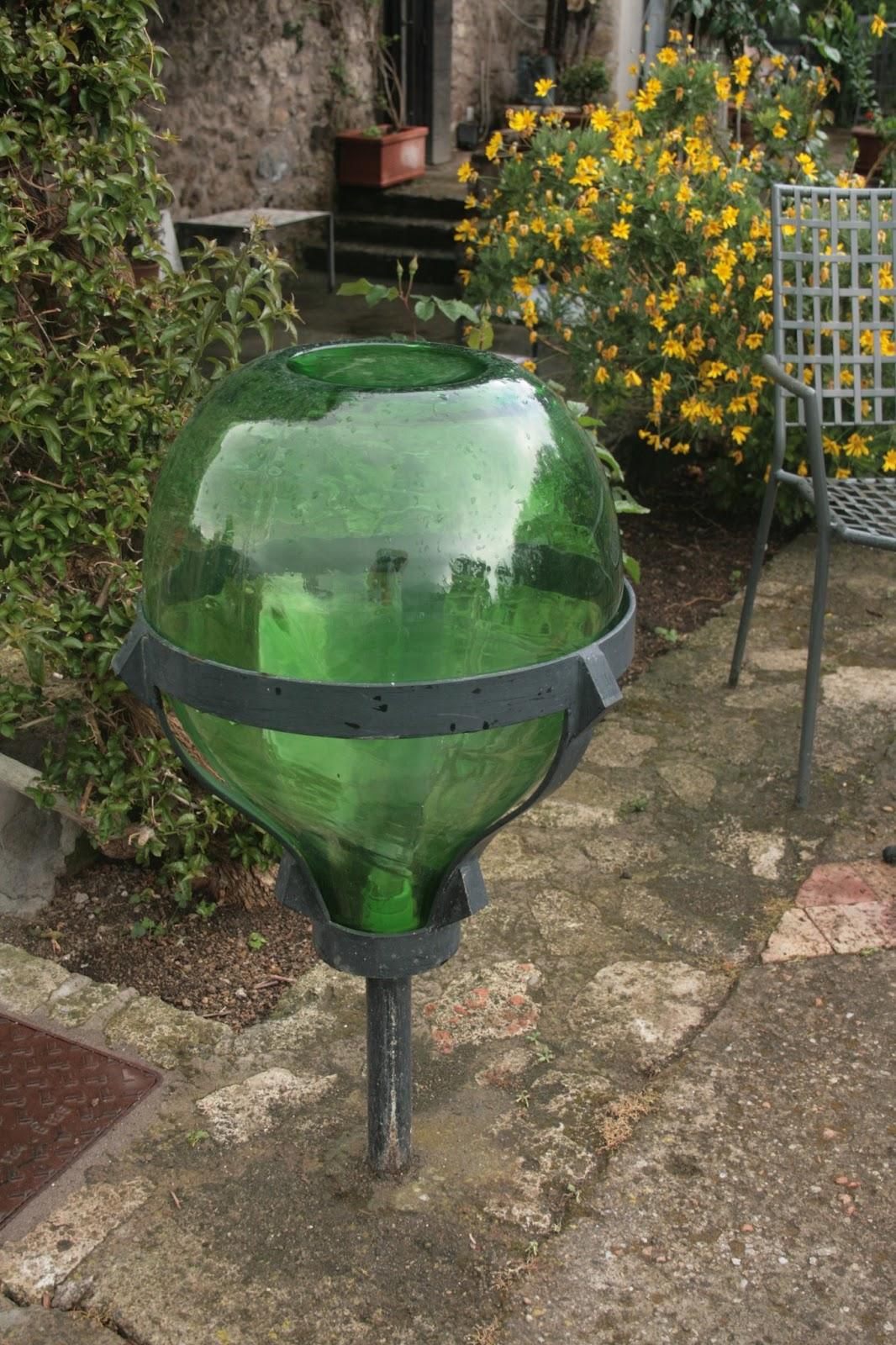 Dagli una seconda occasione un 39 idea per riciclare for Oggetti per giardino