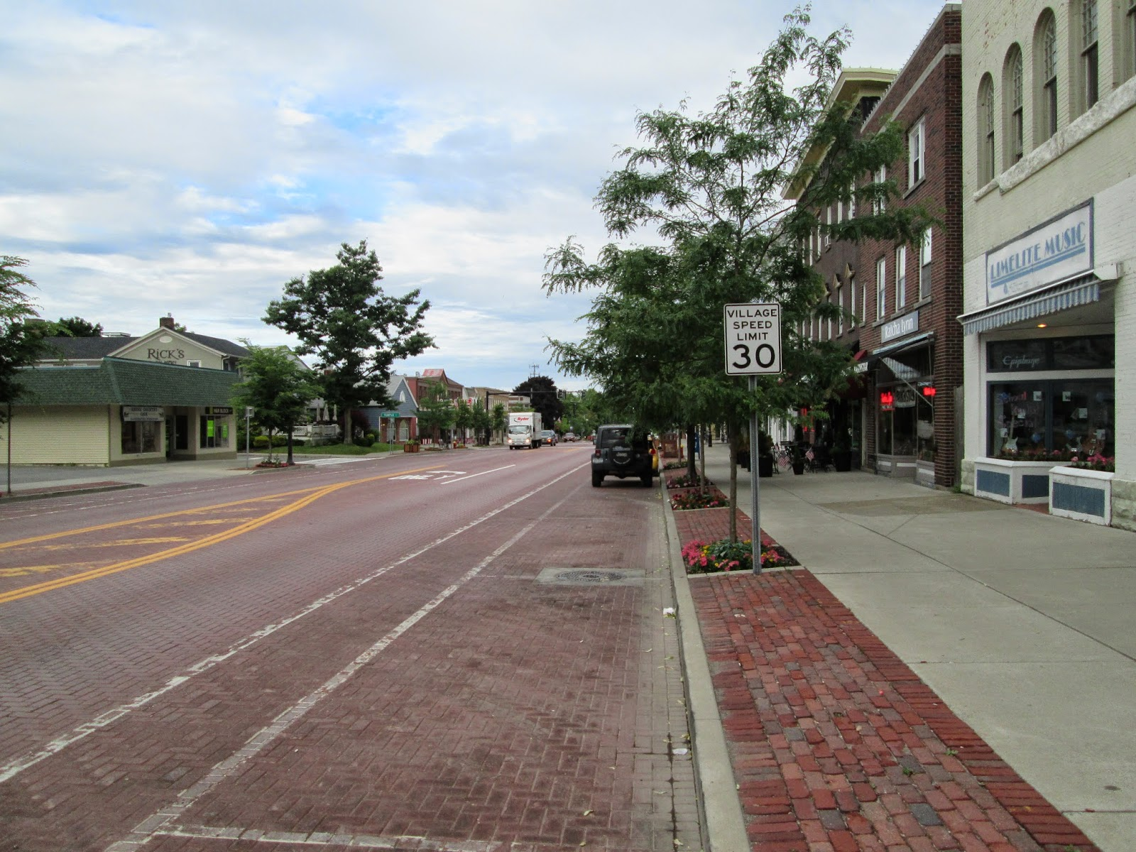 Bikes Canandaigua Ny Dedicated bicycle lanes on