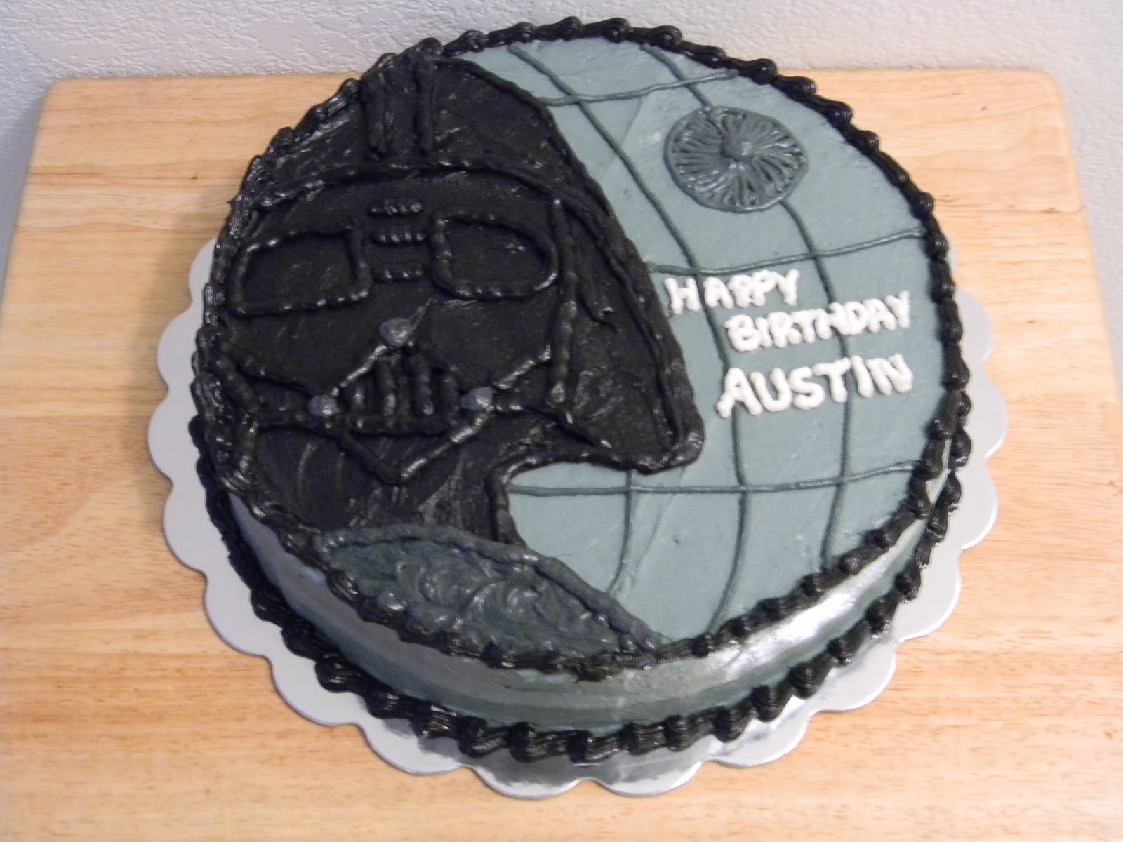 http://brandyscreations.blogspot.com/2014/02/darth-vader-and-death-star-cake.html