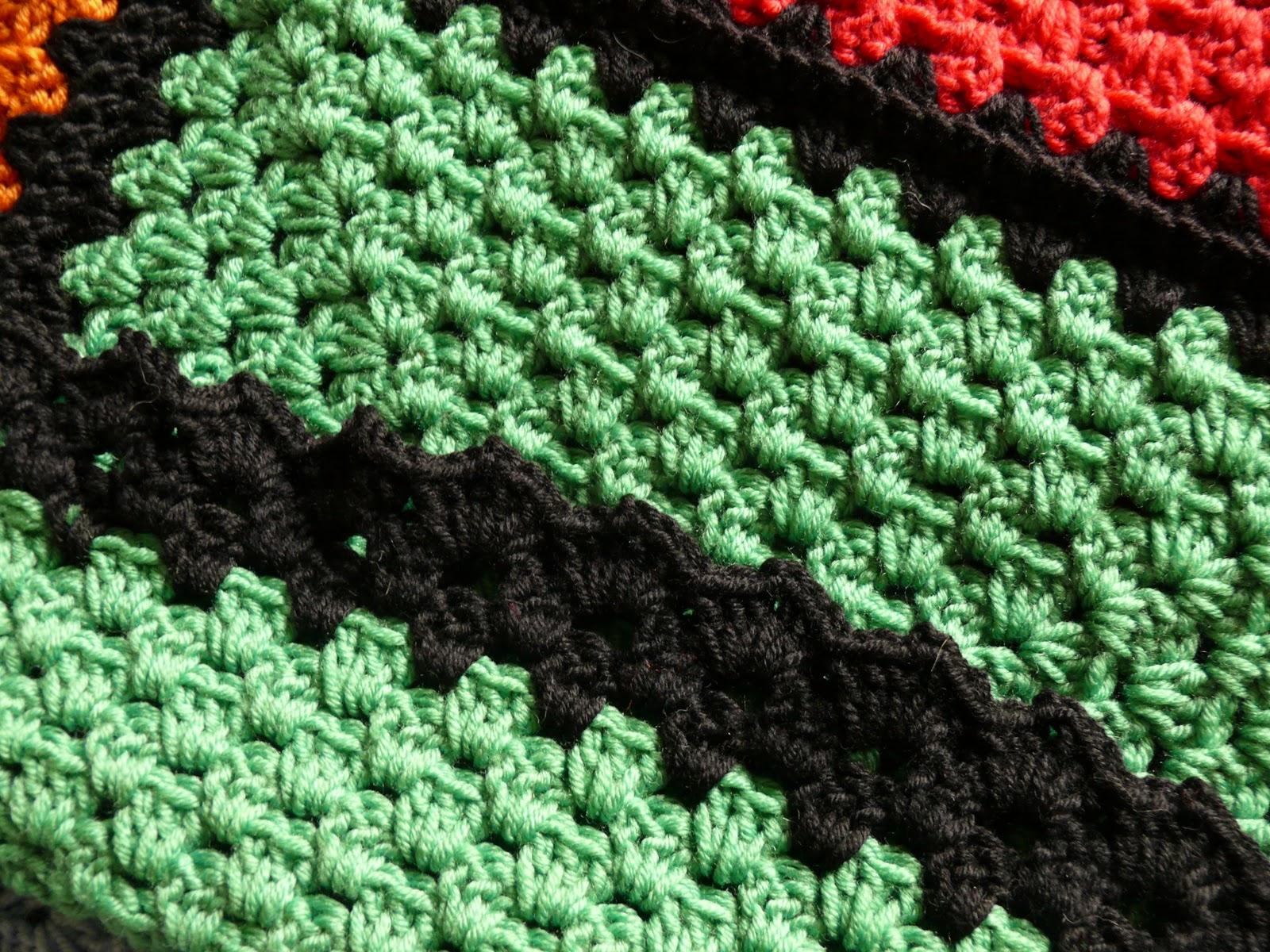 Seconda coperta patchwork all'uncinetto Coperta+uncinetto+3_M