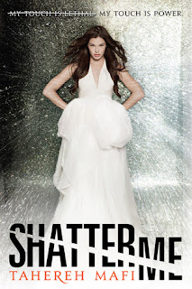 Shatter Review: Shatter Me by Tahereh Mafi