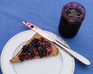 Blackberry-Jam-without-added-Pectin.jpg