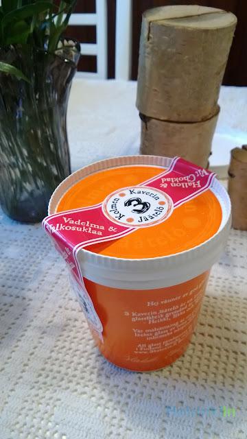 3 Kaveria jäätelö vadelma-valkosuklaa