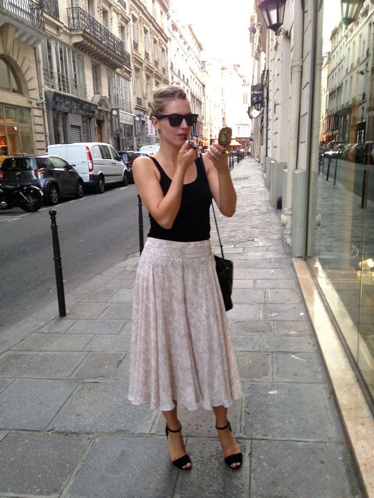 Fashion Over Reason in the streets of Paris during the summer, Ann Taylor midi skirt, Zara strappy sandals, H&M tank, Ray-Ban Wayfarers, NARS Velvet matte lip pencil in Sex Machin