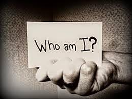 Tôi là ai, điều ấy do tôi tự quyết định