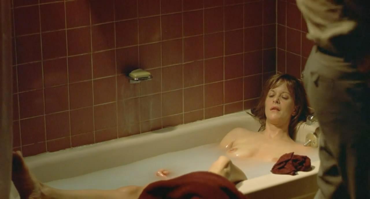 40 Naked Pics Of Ryan Kwanten /