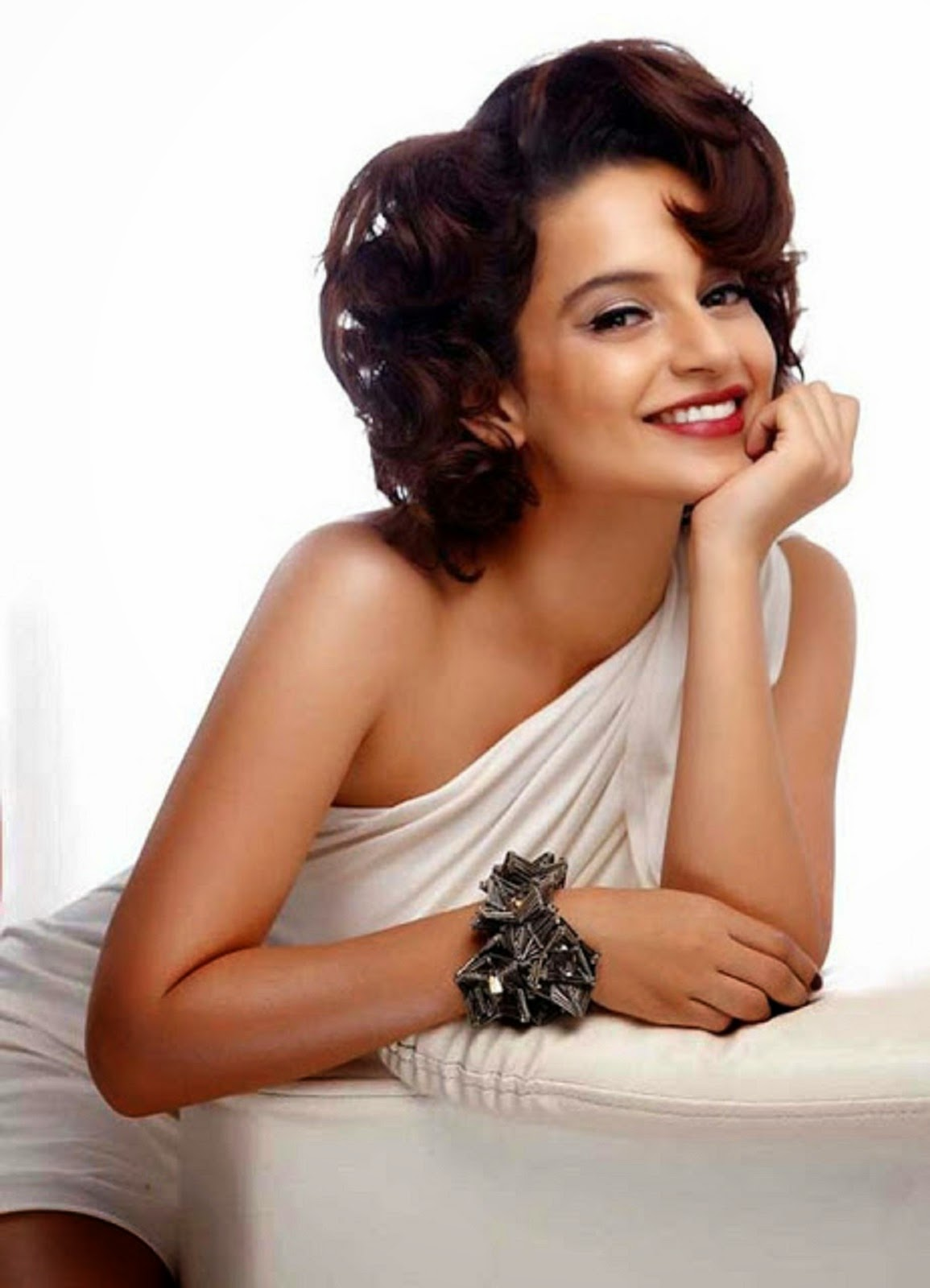 Beautiful Actress Kangana Ranaut HD Wallpaper