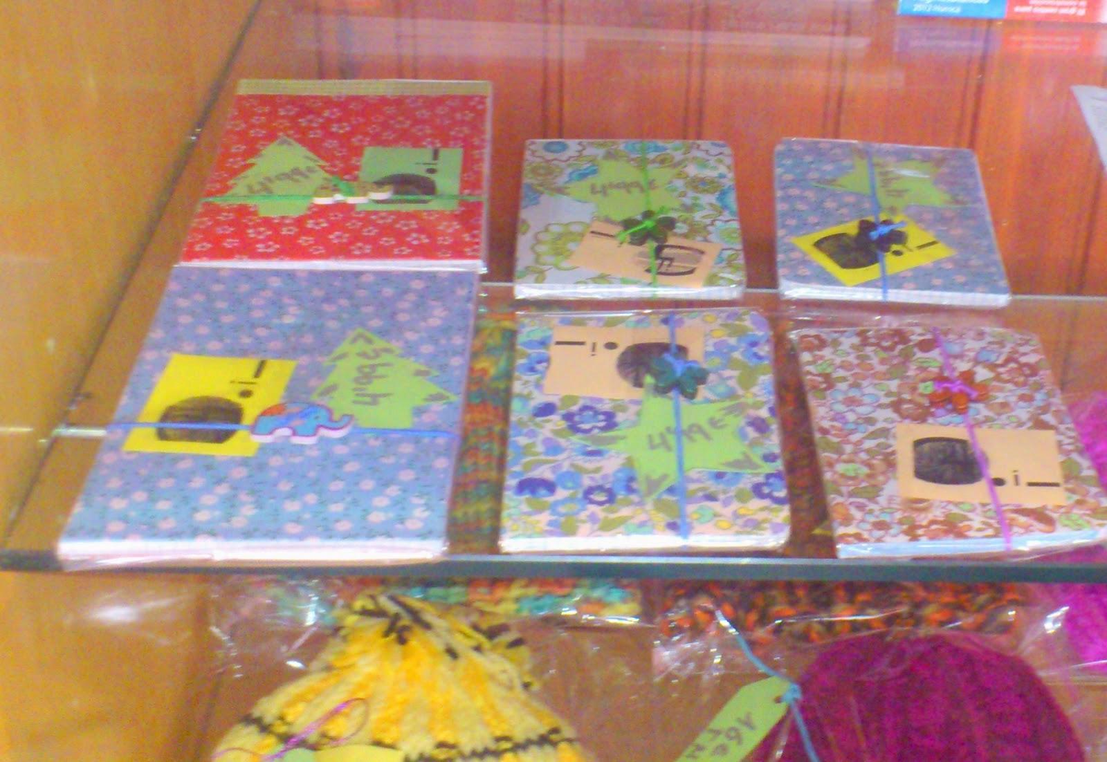 http://fredcalor.blogspot.com.es/2014/11/llibretes-de-notes-i-blocs-folrrats.html