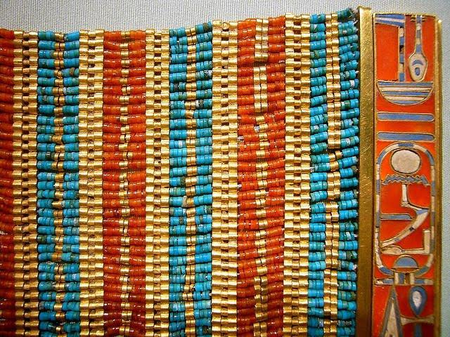 http://2.bp.blogspot.com/-KerAEBASVhk/TYnB1UVdPOI/AAAAAAAAEgM/-cg58lzH8Pw/s1600/egypt+braslet+gold+cornelain+turquise+1887.jpg
