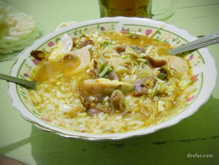 Hidangan Soto Ayam Kampung Lamongan Dr Sutomo Nganjuk