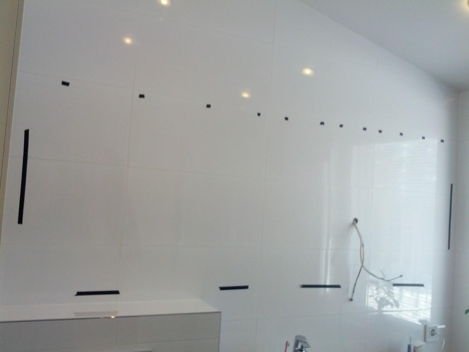 Peilin kiinnitys seinään